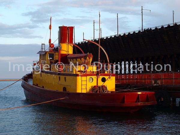 TUG: EDNA G, Two Harbors MN